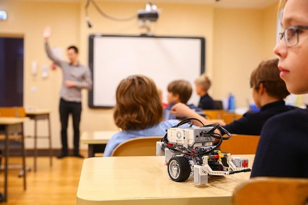 djeca-roboti