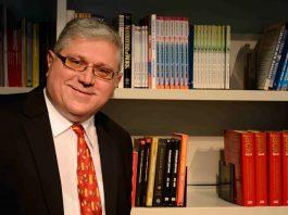 Sasa_Petar_autor_profesor